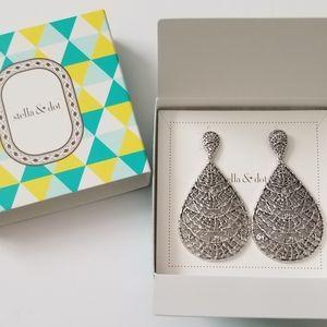 Stella & Dot Thea Lace Chandelier Earrings
